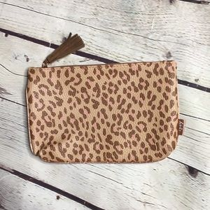 IPSY Leopard makeup cosmetic pouch